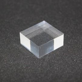 Socle acrylique brut 20x20x10mm présentoir pour vitrines
