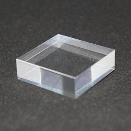 Socle acrylique brut 30x30x10mm présentoir pour vitrines