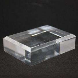 Socle acrylique 50x70x20mm angles biseautés supports pour minéraux