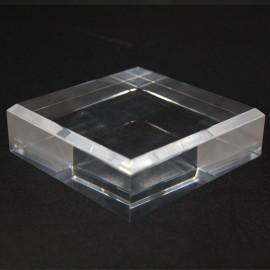 Socle acrylique 100x100x30mm angles biseautés supports pour minéraux