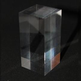 Présentoir acrylique prisme 60x30x30mm socles pour minéraux
