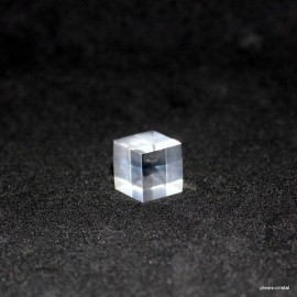 Lot : 10 peaces Acrylic base materials cubes : 10x10x10mm