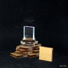 Lot 10 pieces : Crude acrylic  30x30x6mm display base media for minerals