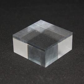 Socle acrylique brut 40x40x20mm supports pour minéraux