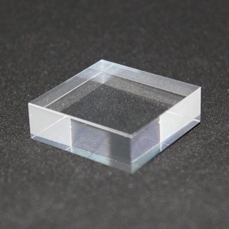 Lotto 10 piedistalli + 1 vetrina espositiva gratuita 30x30x10mm