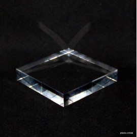 Crude acrylic base 100x100x20mm display for minerals