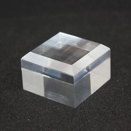 Présentoir Plexis Cristal 35x35x20mm socle acrylique angles biseautés