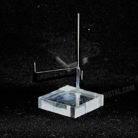 Adjustable pedestal supporting 50x50x20mm