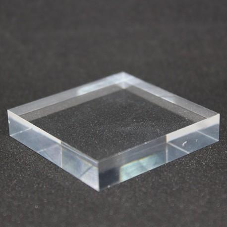 Socle acrylique brut 50x50x10mm supports pour minéraux Plexis Cristal