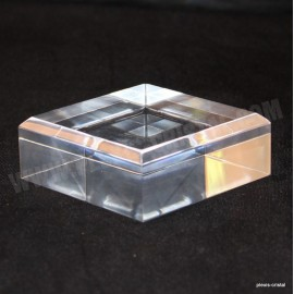 Acrylic base 60x60x30mm bevelled angles media for minerals