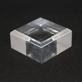 Socle acrylique, angles biseautés :  40x40x15mm