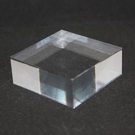 Lot 10+1 : Socle acrylique, angles droits,  50x50x25mm
